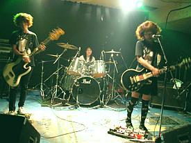 http://www.guitaristka.ru/zapad/japanese/kokeshi_doll/Kokeshi-Doll.jpg